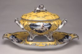 Soup Tureen on Platter (Madame de Pompadour, née Poisson, 1721 - 1764)