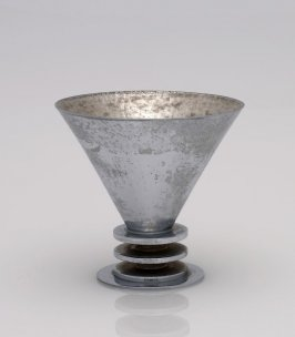 Footed conical cup