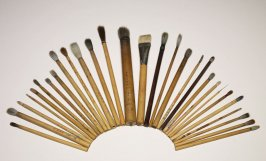Twenty-Nine Brushes, Various Lengths