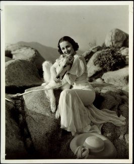 Olivia de Havilland (film still)