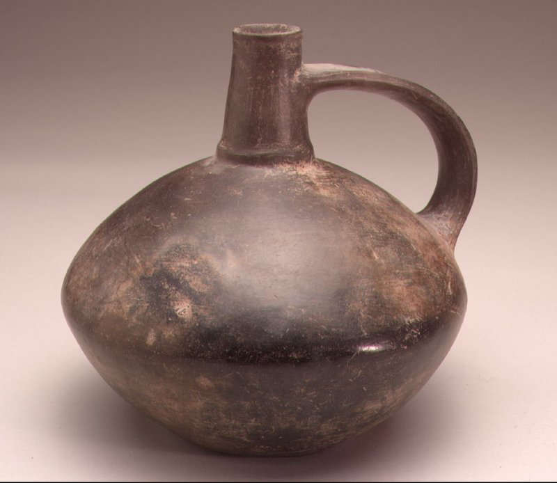 Squat jug with conical neck and large handle