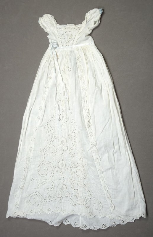 Baby dress with eyelet embroidery