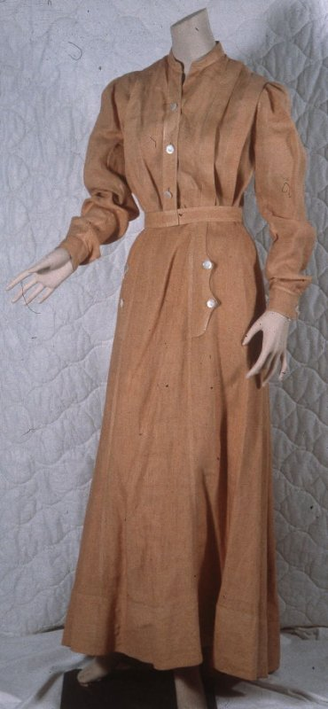 Blouse and skirt with belt