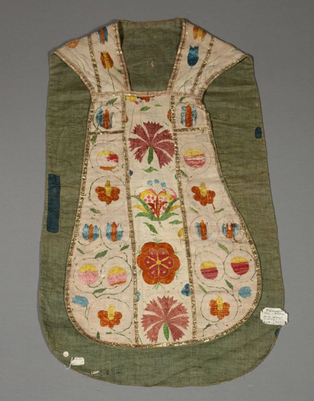 Chasuble (matches stole .2)