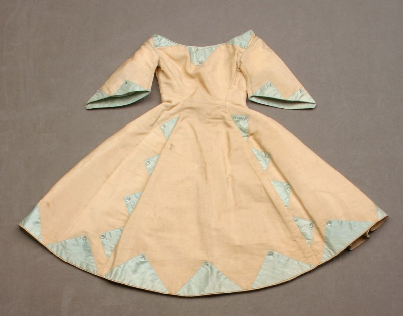 Doll's dress, beige with lime trim