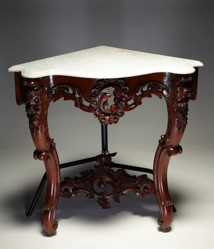 Corner console table in the Louis XV style