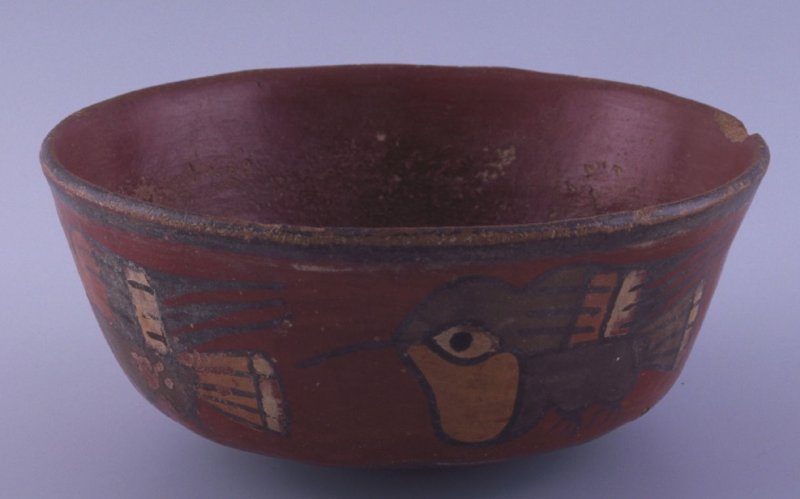 Bowl with hummingbird design