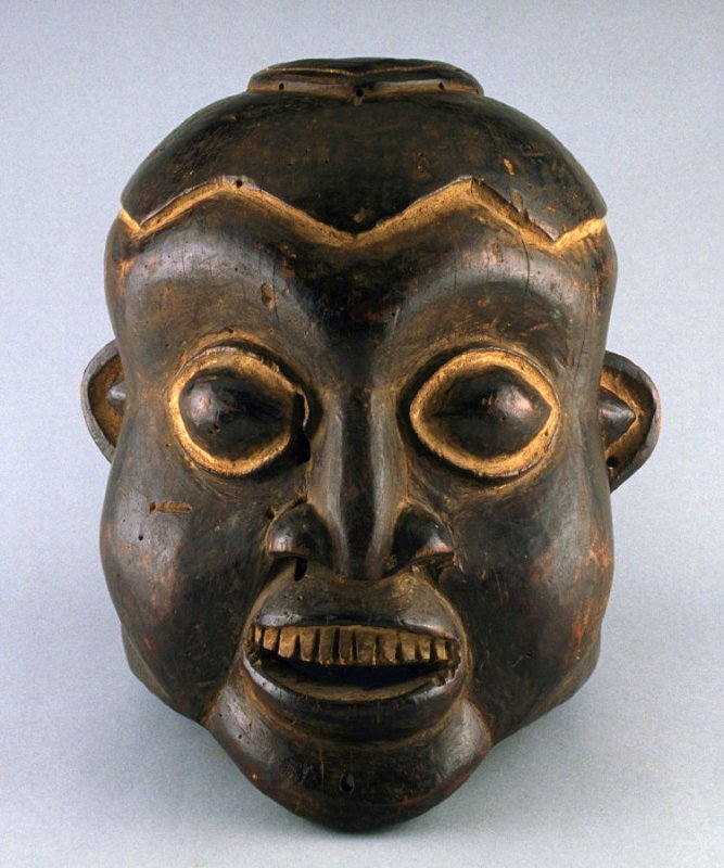 Mask with square hole in top