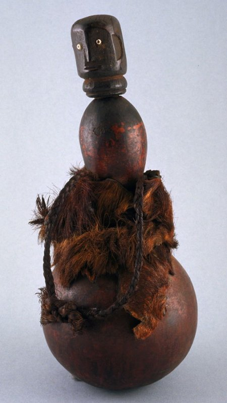 Figure as stopper to Gourd container