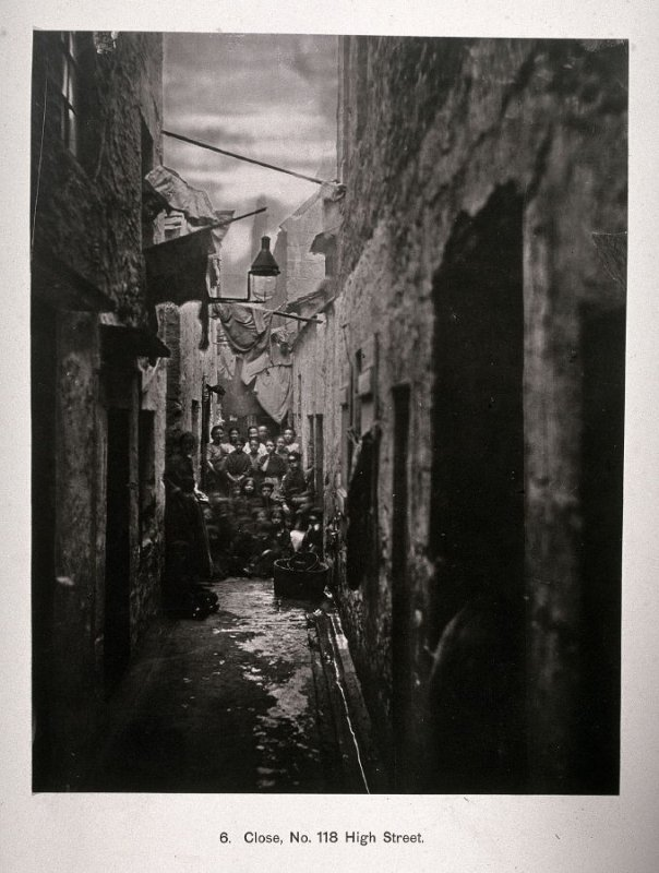 Close, No. 118 High Street, from Photographs of the Old Closes and Streets of Glasgow 1868-1877