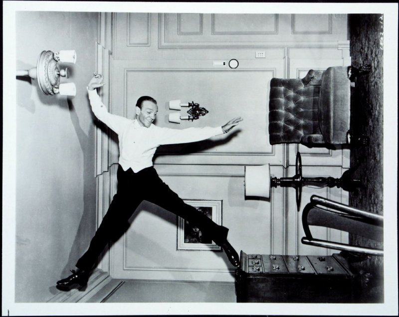 Fred Astaire in Royal Wedding (film still)
