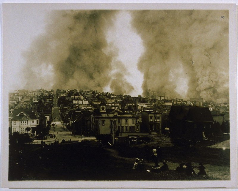 Fire from Lafayette Square (San Francisco Earthquake)
