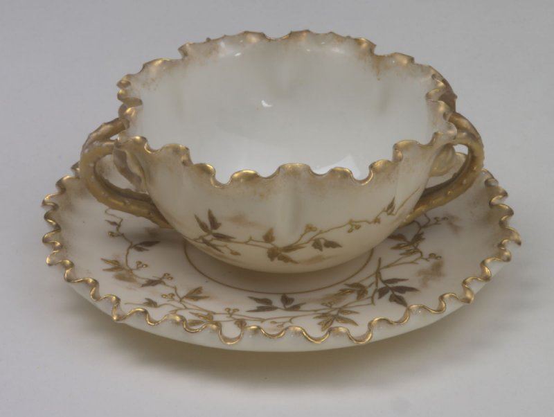 Bouillion cup and underplate (saucer)
