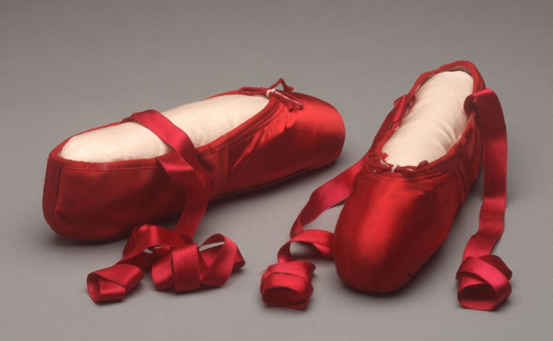Ballet slippers (toe shoes)