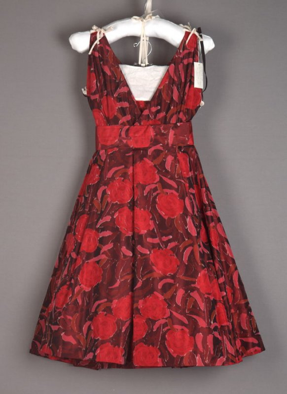 Dress (with petticoat)