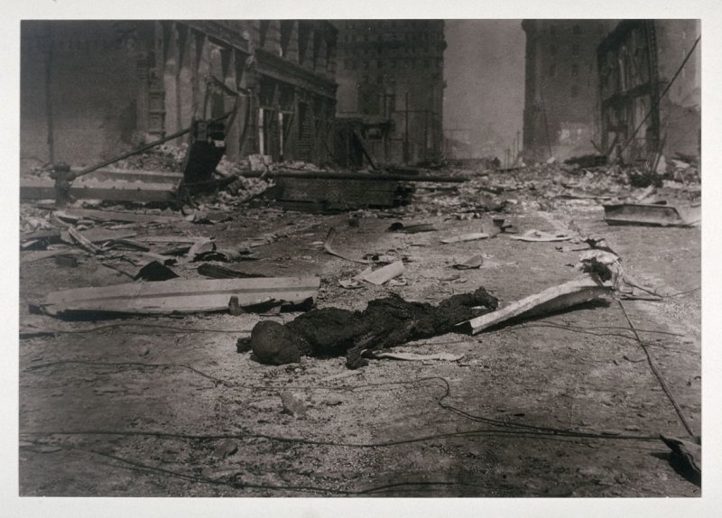 Untitled (Charred corpse near Post and Dupont Streets (now Grant Avenue))