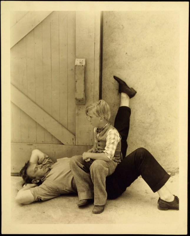 """Wallace Berry and Jackie Cooper in """"The Champ"""" (film still)"""