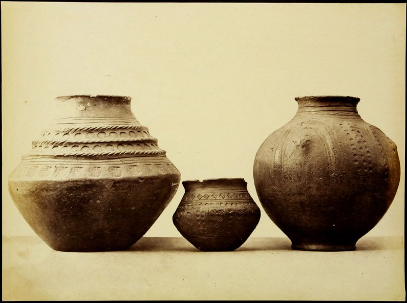 Objects from the British Museum: ceramic vases