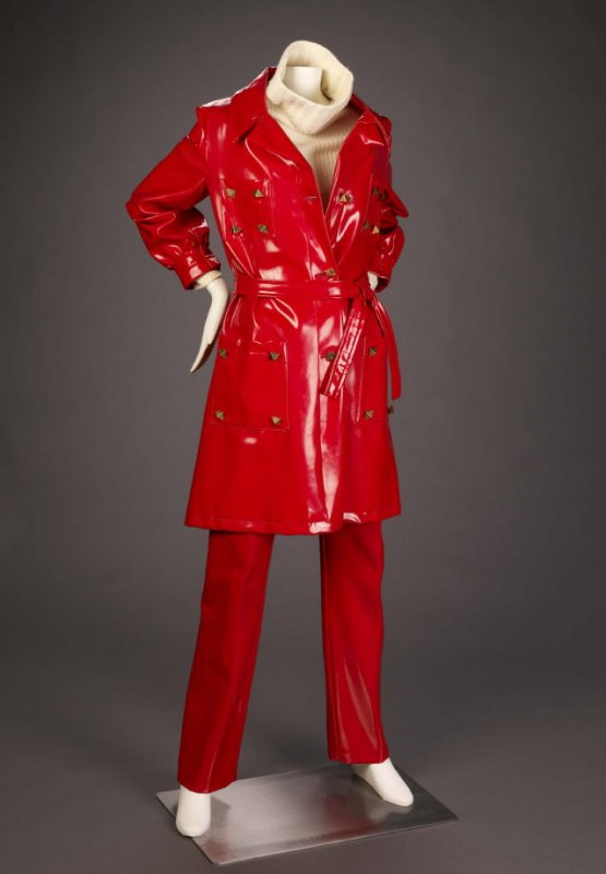 Coat and trousers (with sweater - 1986.105.10d)