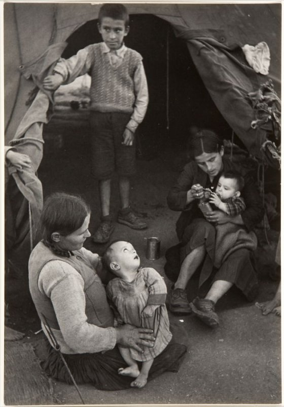 Children in a refugee camp from the series Europe's Children, Greece