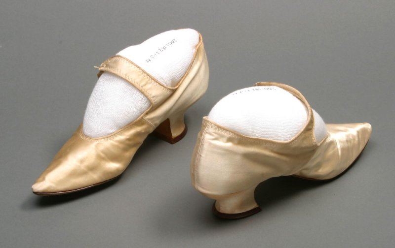 Shoes (pair) from a Wedding Dress with Four - Piece Veil, Orange blossom Headdress, Stockings, Shoes