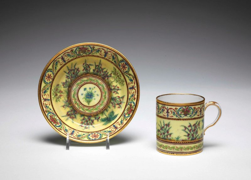 Cup and Saucer (gobelet litron et soucoupe)