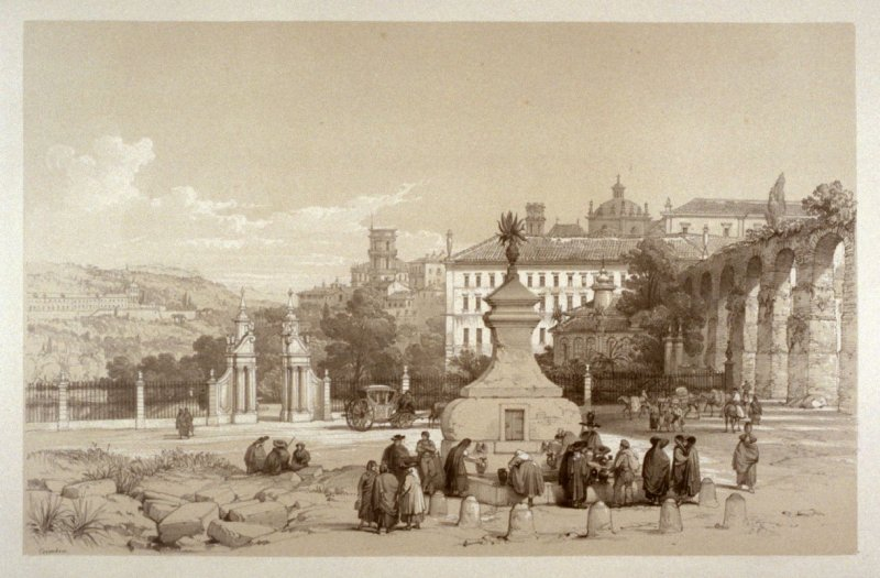 Coimbra - women getting water at the well