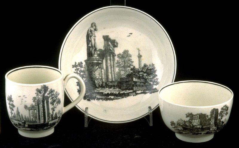 Tea bowl, cup and saucerwith scenes of classical ruins